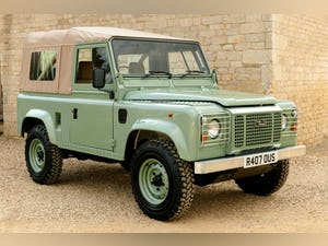 1998 Defender 90 300 TDi Retro Classic Edition Soft Top For Sale (picture 1 of 6)