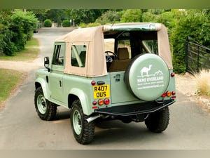 1998 Defender 90 300 TDi Retro Classic Edition Soft Top For Sale (picture 4 of 6)