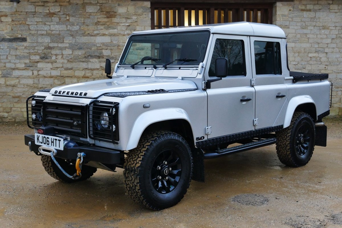 2006 LAND ROVER DEFENDER 5.0 V8 Auto DOUBLE CAB PICK UP ...