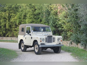 1974 LAND ROVER SERIES 3 SOFT TOP PETROL LHD For Sale (picture 1 of 10)