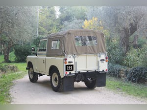 1974 LAND ROVER SERIES 3 SOFT TOP PETROL LHD For Sale (picture 3 of 10)