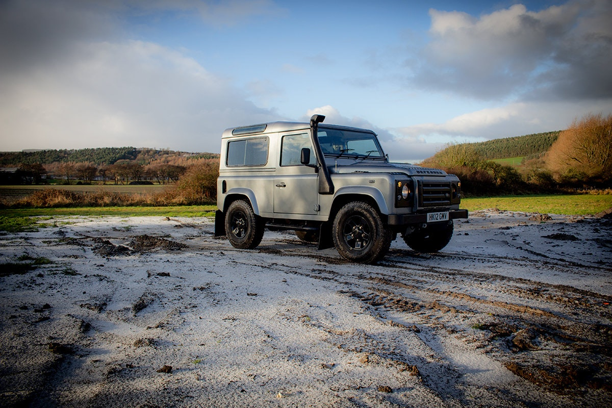 2012 Land rover Defender 90 Puma 2.2 XS LOW MILEAGE For Sale (picture 1 of 10)