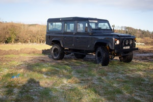 Picture of 1986 Land Rover 110 CSW, 11 seater 200tdi  Galvanised chassis For Sale