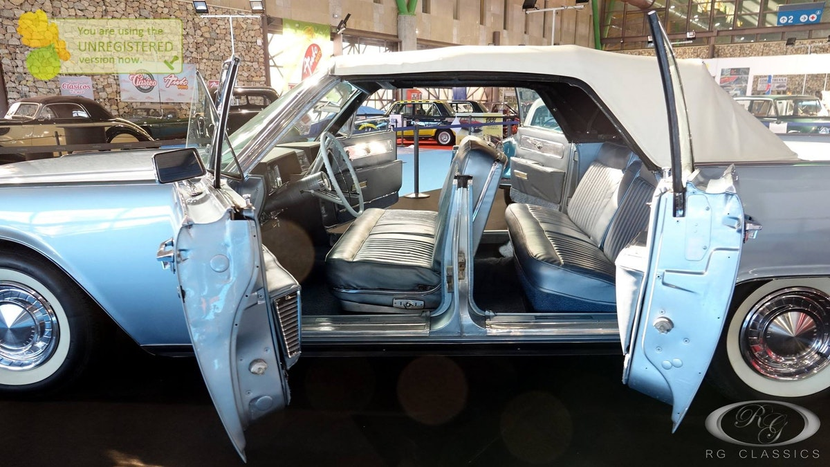 1962 Lincoln Continental convertible For Sale (picture 11 of 12)