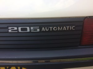1992 Rare 205 Peugeot automatic 5dr model For Sale (picture 4 of 5)