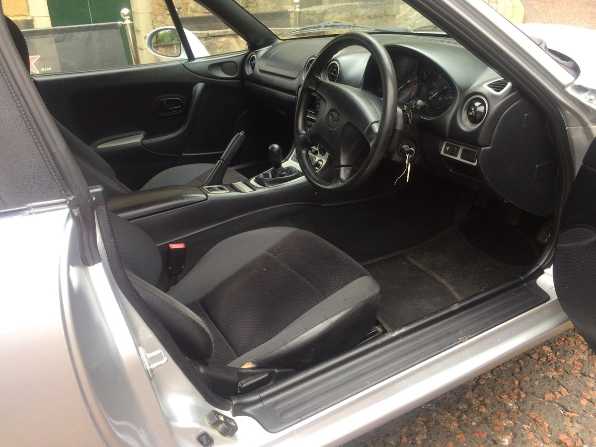 1999 Very smart, 1 previous owner, MX5 SOLD (picture 6 of 6)
