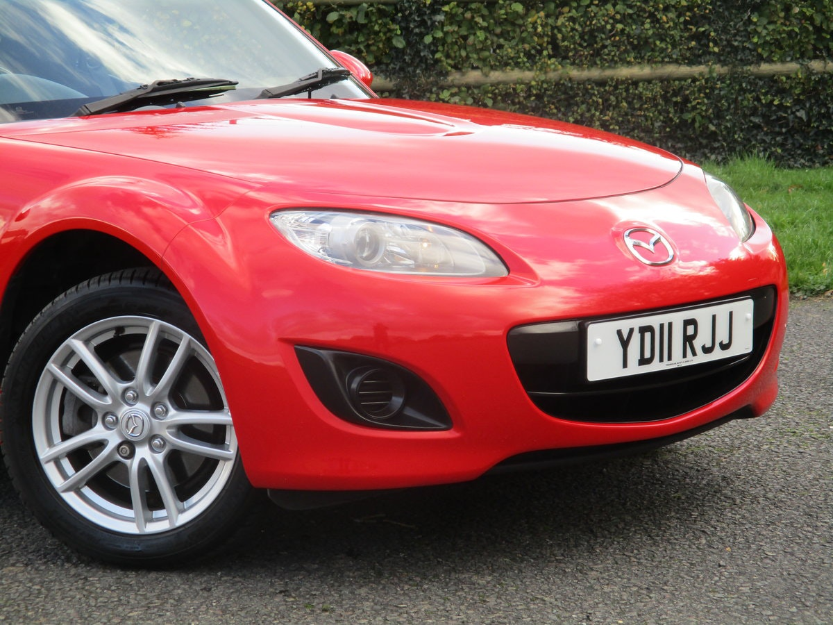 2011 Exceptional low mileage MX5 1.8 SE. MX5 SPECIALISTS For Sale (picture 1 of 6)