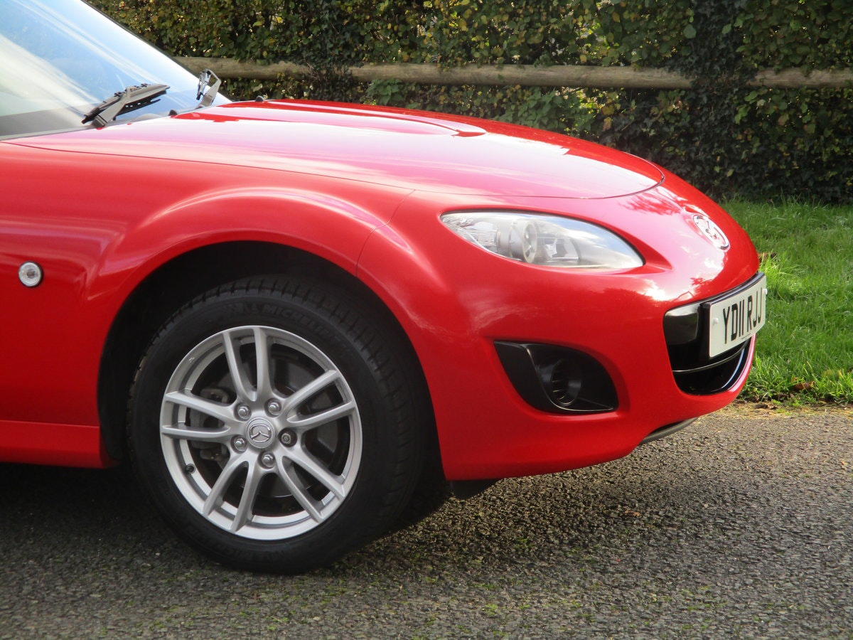 2011 Exceptional low mileage MX5 1.8 SE. MX5 SPECIALISTS For Sale (picture 3 of 6)