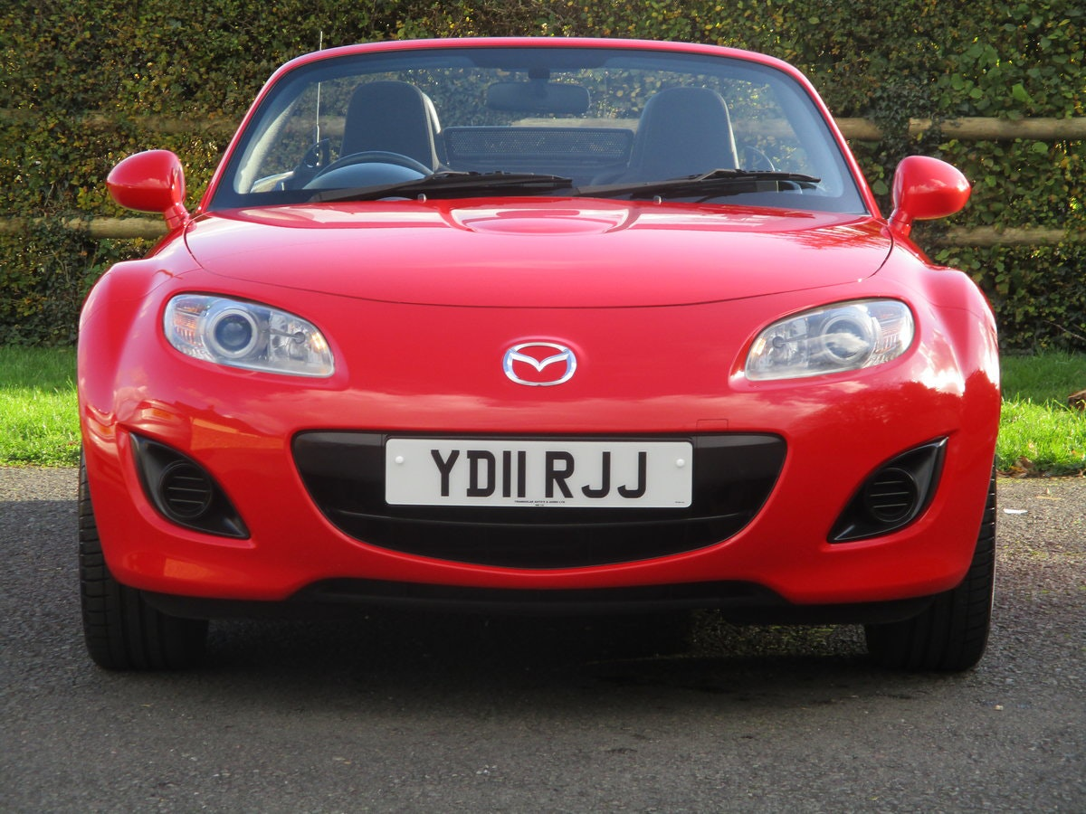 2011 Exceptional low mileage MX5 1.8 SE. MX5 SPECIALISTS For Sale (picture 4 of 6)