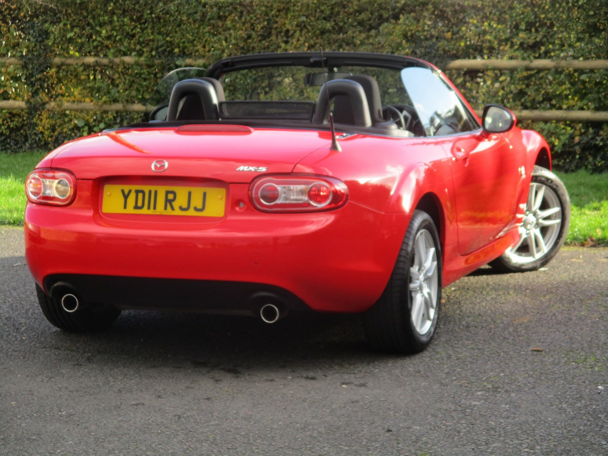 2011 Exceptional low mileage MX5 1.8 SE. MX5 SPECIALISTS For Sale (picture 5 of 6)