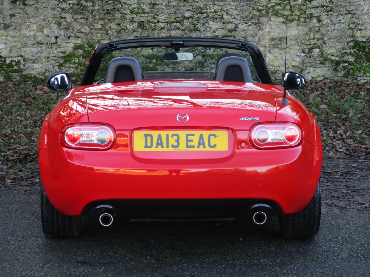 2013 Exceptional low mileage MX5 1.8 SE HARD TOP. MX5 SPECIALISTS For Sale (picture 3 of 6)
