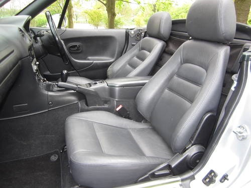 2000 MAZDA MX-5 1.8i S **OTHERS REQUIRED URGENTLY** (picture 4 of 6)
