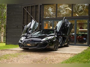 2011 MCLAREN MP4-12C // LOW MILEAGE // STEALTH PACK For Sale (picture 1 of 12)