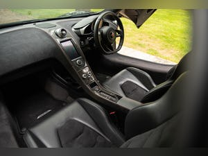 2011 MCLAREN MP4-12C // LOW MILEAGE // STEALTH PACK For Sale (picture 9 of 12)