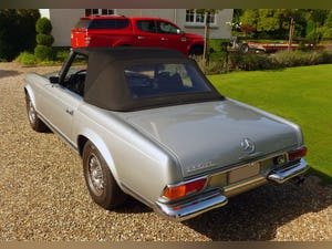 Mercedes 280SL, 1970 For Sale (picture 2 of 6)