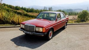 Picture of Mercedes W123 230 Limousine - 1977 For Sale