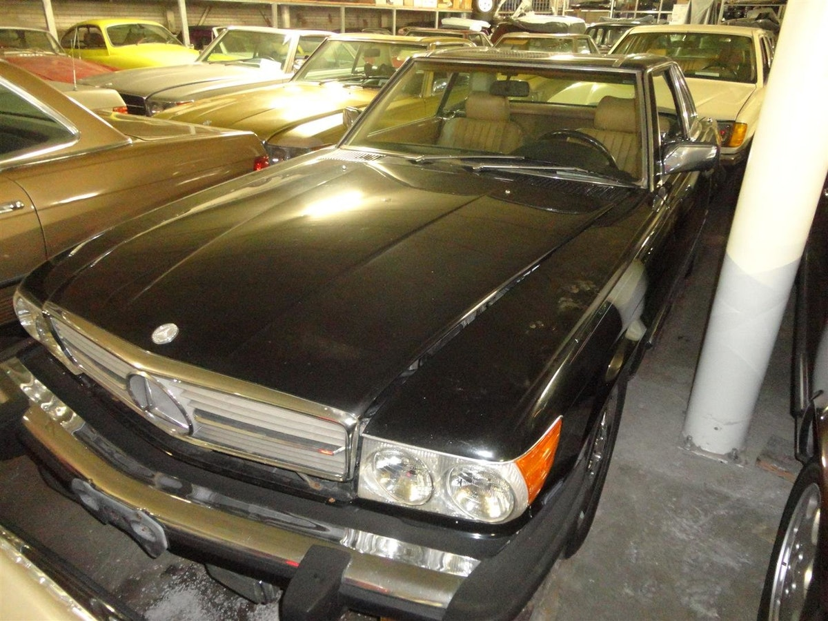 Mercedes Benz 560SL 1988 For Sale (picture 1 of 6)