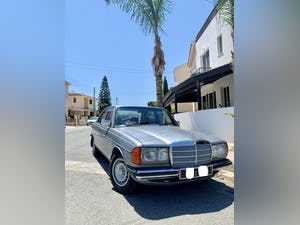 Mercedes Benz 1983 ????  W123, 230E, 2300 cc Petrol For Sale (picture 1 of 6)