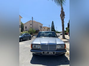 Mercedes Benz 1983 ????  W123, 230E, 2300 cc Petrol For Sale (picture 5 of 6)