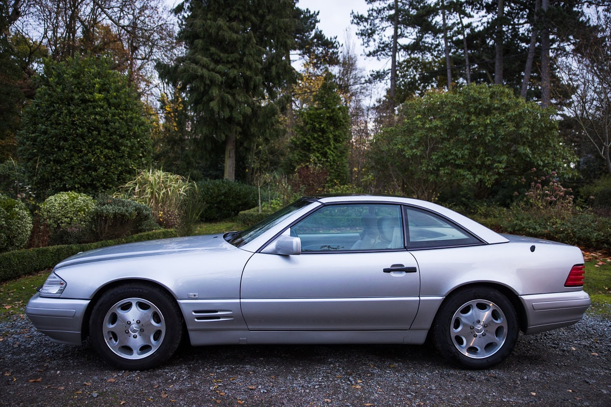 1996 Mercedes SL500 33k miles Panoramic roof For Sale (picture 4 of 12)