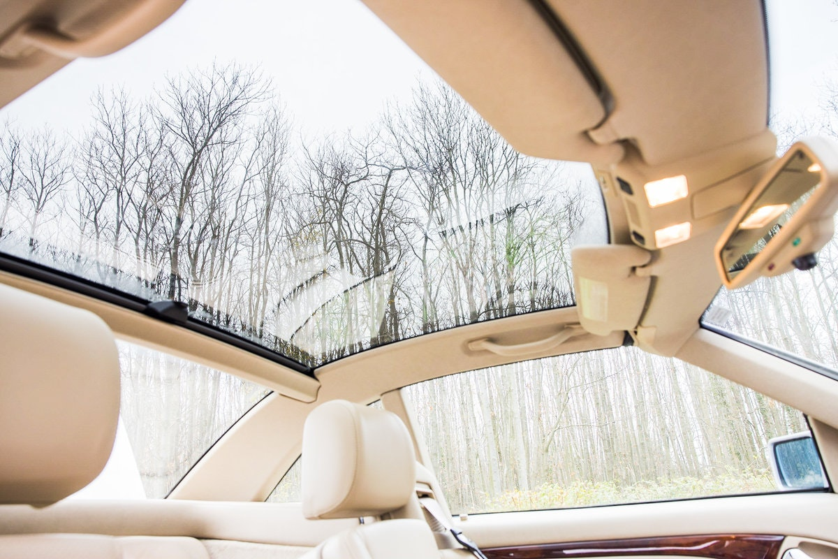 1996 Mercedes SL500 33k miles Panoramic roof For Sale (picture 9 of 12)