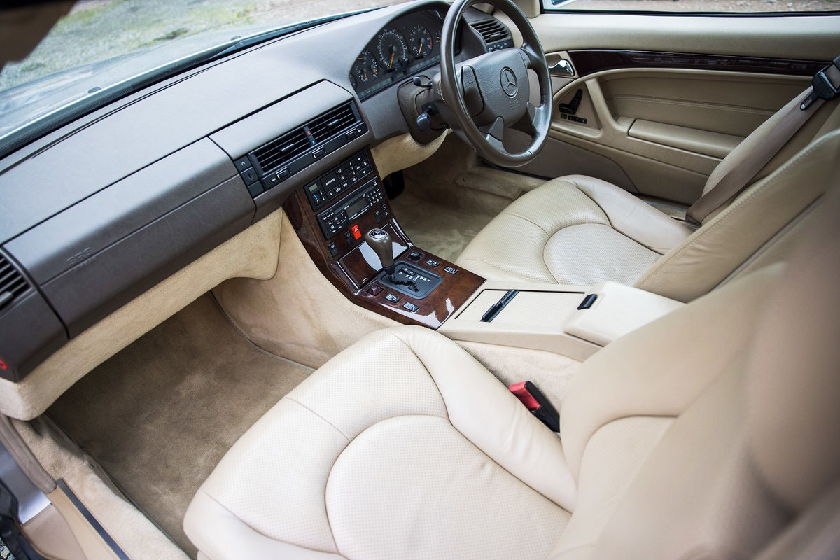 1996 Mercedes SL500 33k miles Panoramic roof For Sale (picture 10 of 12)