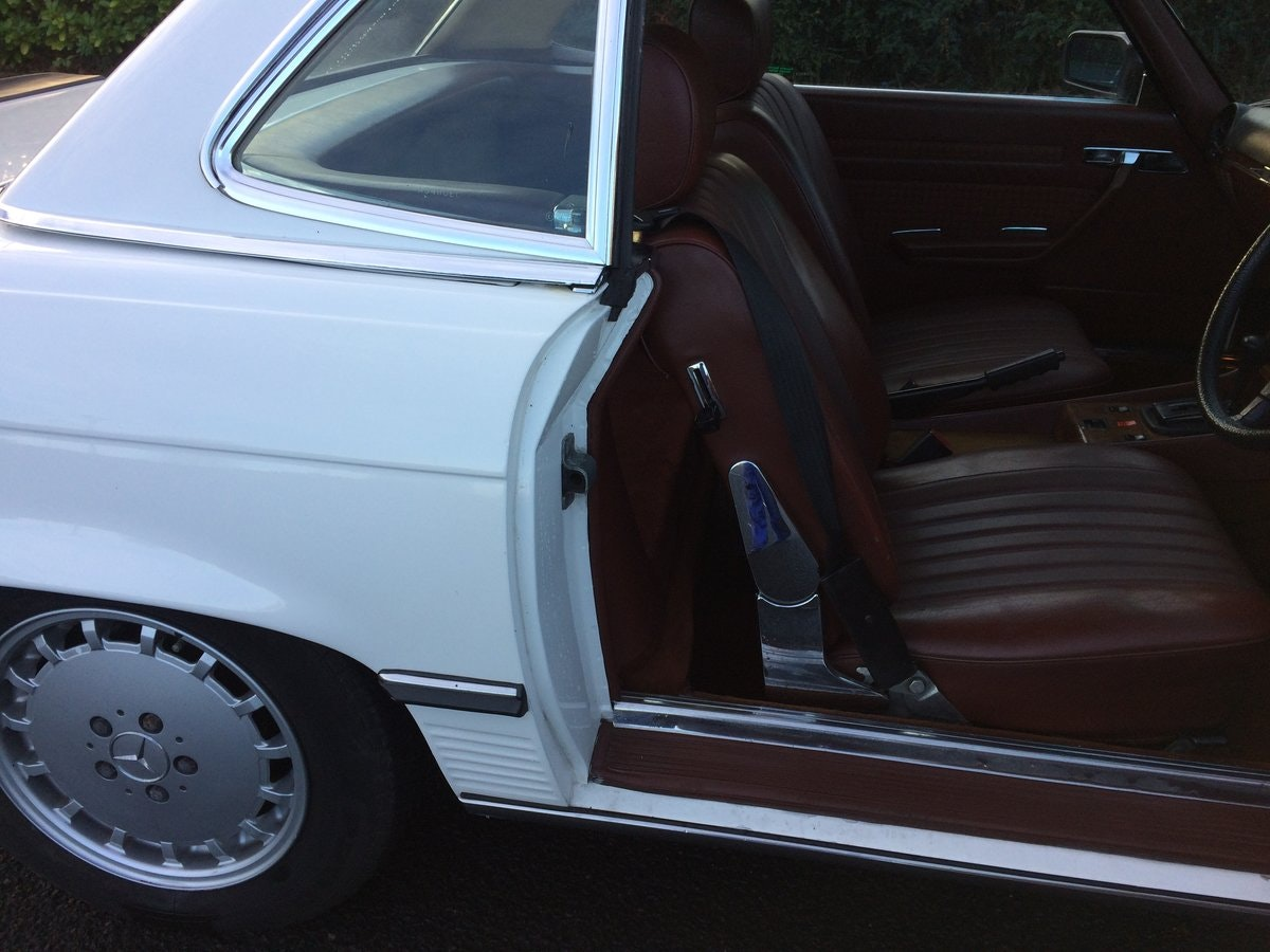 1984 Mercedes Benz 280SL For Sale (picture 4 of 7)