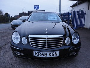 2009 REG  MERCEDS BENZ E220 DIESEL AUTO BLACK WITH LEATHER For Sale (picture 1 of 12)