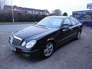 2009 REG  MERCEDS BENZ E220 DIESEL AUTO BLACK WITH LEATHER For Sale (picture 3 of 12)
