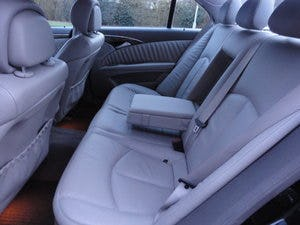2009 REG  MERCEDS BENZ E220 DIESEL AUTO BLACK WITH LEATHER For Sale (picture 10 of 12)