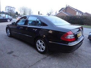 2009 REG  MERCEDS BENZ E220 DIESEL AUTO BLACK WITH LEATHER For Sale (picture 11 of 12)