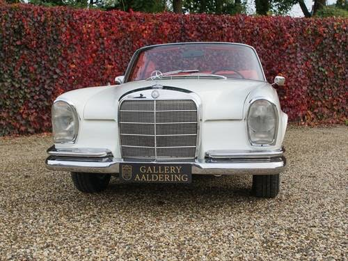 1968 Mercedes 250SE Covertible Fully Restored! For Sale (picture 4 of 6)