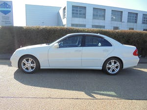 2008 Mercedes e350 automatic 3.5 petrol For Sale (picture 2 of 12)