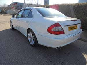 2008 Mercedes e350 automatic 3.5 petrol For Sale (picture 3 of 12)