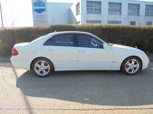 2008 Mercedes e350 automatic 3.5 petrol For Sale (picture 5 of 12)