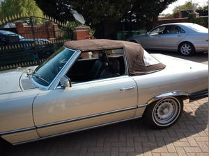 1985 380SL Convertible with hardtop For Sale (picture 8 of 12)