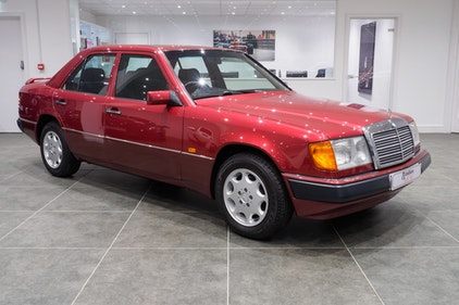 Picture of 1991 Mercedes E250 D For Sale