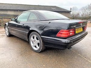 superb 2000/W Mercedes SL320 (R129)+pano roof+rear seats For Sale (picture 5 of 23)