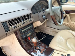 superb 2000/W Mercedes SL320 (R129)+pano roof+rear seats For Sale (picture 15 of 23)