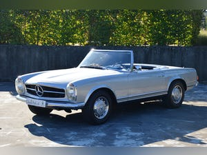 1971 Mercedes-Benz 280 SL Automatic For Sale (picture 1 of 12)