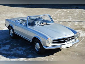 1971 Mercedes-Benz 280 SL Automatic For Sale (picture 4 of 12)