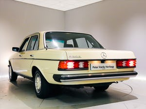1981 Wonderful W123 Example in Edinburgh For Sale (picture 9 of 12)