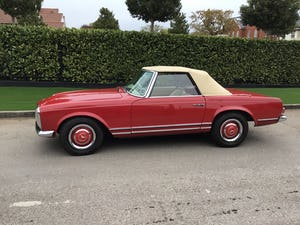 MERCEDES 230SL PAGODA 1965 UK RHD AUTO/PAS H&S TOPS For Sale (picture 1 of 40)