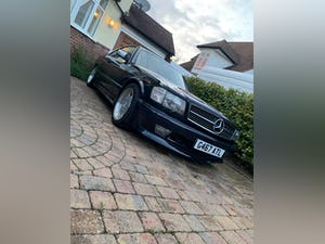 1990 Stylish, formidable, classic Mercedes Benz 560 SEC For Sale (picture 1 of 9)