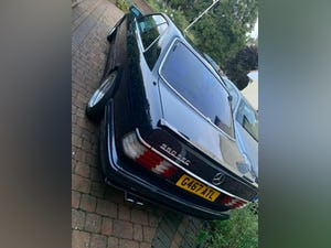 1990 Stylish, formidable, classic Mercedes Benz 560 SEC For Sale (picture 2 of 9)
