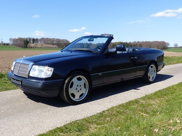 Picture of 1992 Mercedes-Benz 300 CE-24 - young classic in mint condition For Sale