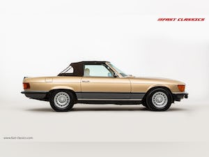 1985 MERCEDES 500 SL // 16K MILES // 20 YEAR FAMILY OWNERSHIP For Sale (picture 8 of 29)