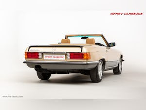 1985 MERCEDES 500 SL // 16K MILES // 20 YEAR FAMILY OWNERSHIP For Sale (picture 11 of 29)