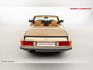 1985 MERCEDES 500 SL // 16K MILES // 20 YEAR FAMILY OWNERSHIP For Sale (picture 12 of 29)