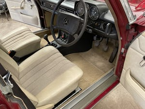 1976 Mercedes 240D (W115) 78,000 miles For Sale (picture 5 of 12)
